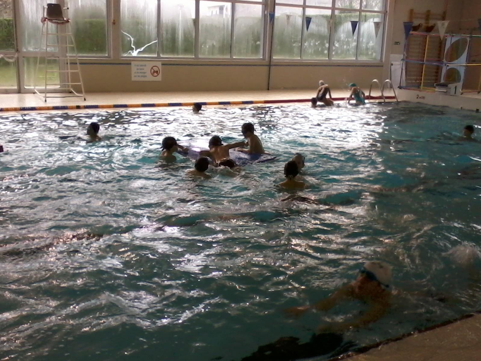 Cm1 cm2 11 d cembre s ance de jeux la piscine ecole de saint ouen les vignes - Piscine saint ouen ...